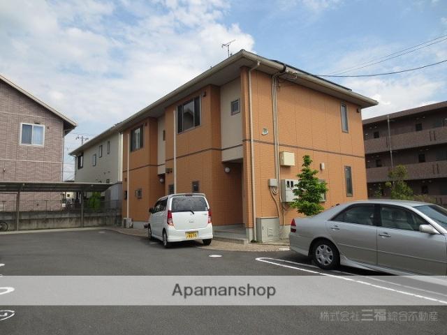 愛媛県東温市、牛渕駅徒歩13分の築10年 2階建の賃貸アパート