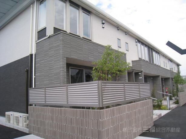 愛媛県松山市、三津浜駅徒歩5分の新築 2階建の賃貸アパート