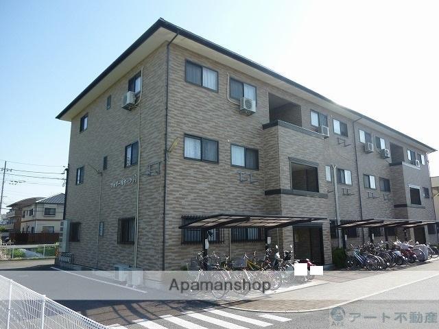 愛媛県松山市、土居田駅徒歩19分の築15年 3階建の賃貸アパート