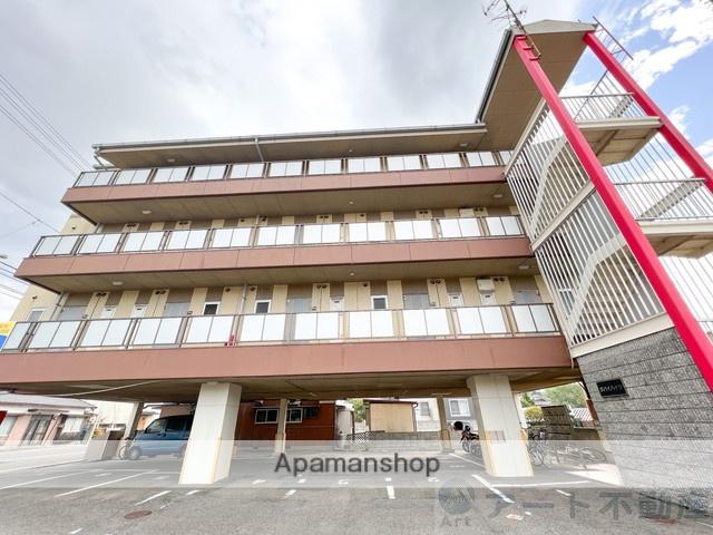 愛媛県伊予市、地蔵町駅徒歩16分の築23年 4階建の賃貸アパート