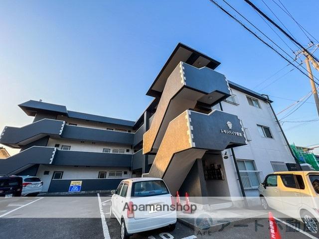 愛媛県伊予郡松前町、松前駅徒歩2分の築30年 3階建の賃貸マンション