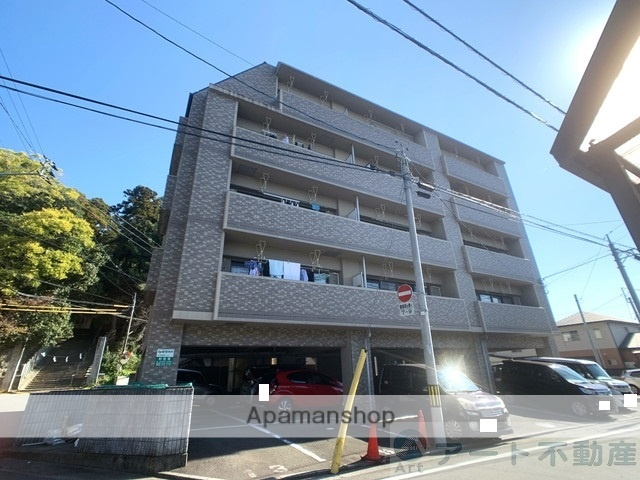 愛媛県松山市、高砂町駅徒歩10分の築13年 5階建の賃貸マンション