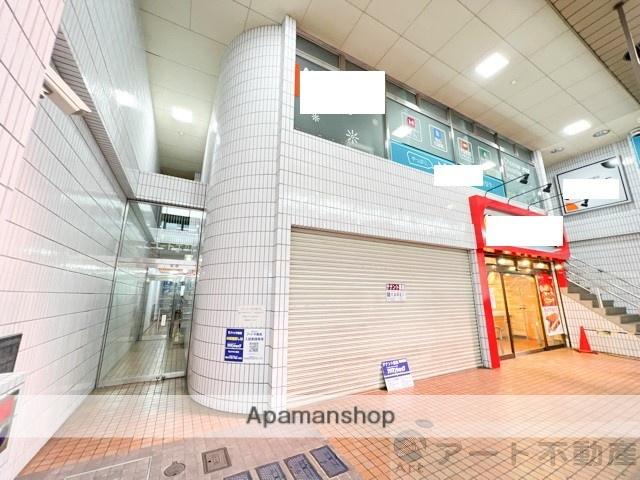 愛媛県松山市、松山市駅徒歩4分の築32年 9階建の賃貸マンション