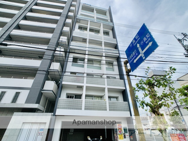 愛媛県松山市、石手川公園駅徒歩7分の築12年 11階建の賃貸マンション