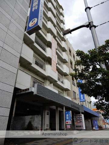愛媛県松山市、南町駅徒歩4分の築35年 10階建の賃貸マンション