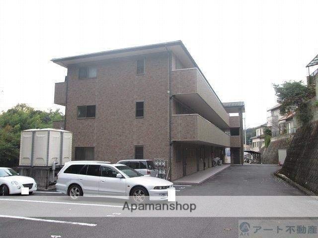 愛媛県松山市、道後公園駅徒歩15分の築10年 3階建の賃貸マンション