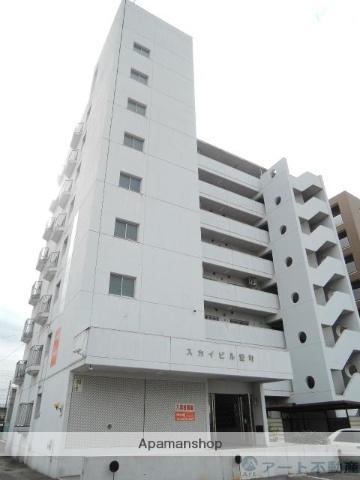 愛媛県松山市、萱町六丁目駅徒歩3分の築33年 8階建の賃貸マンション