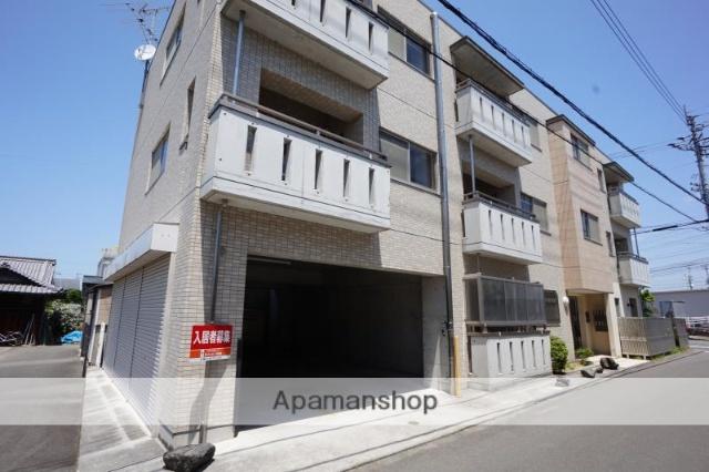 愛媛県伊予郡松前町、鎌田駅徒歩19分の築8年 3階建の賃貸マンション
