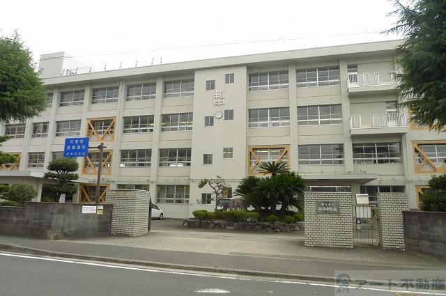 拓南中学校 790m