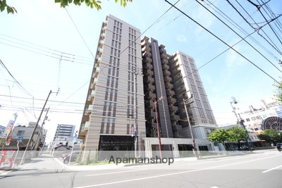 愛媛県松山市、石手川公園駅徒歩9分の築1年 14階建の賃貸マンション