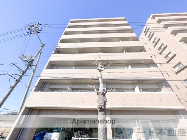 愛媛県東温市、牛渕団地前駅徒歩10分の築10年 8階建の賃貸マンション