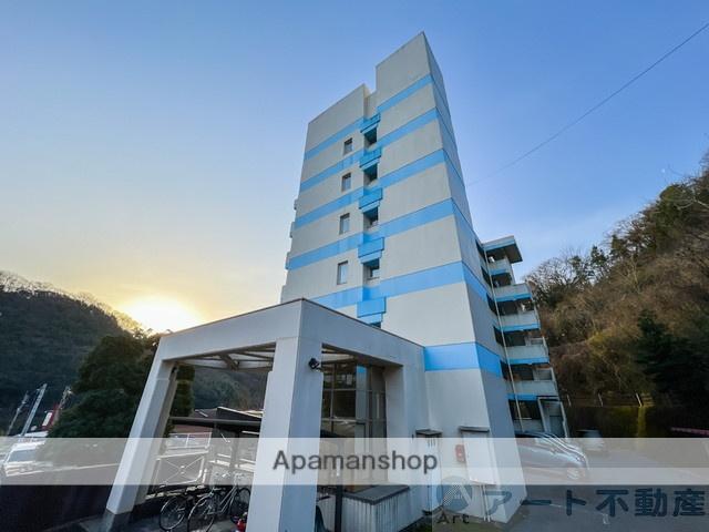 愛媛県伊予郡砥部町の築28年 6階建の賃貸マンション