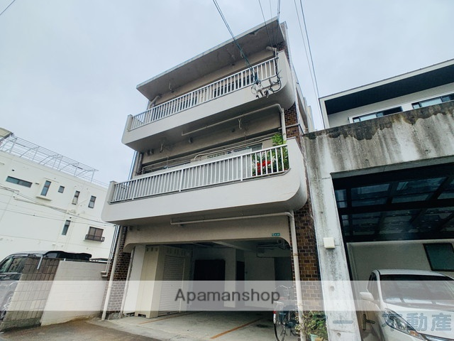 愛媛県松山市、南町駅徒歩8分の築36年 3階建の賃貸マンション