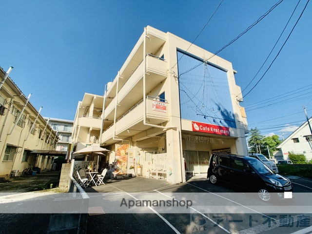 愛媛県東温市、見奈良駅徒歩17分の築33年 3階建の賃貸マンション