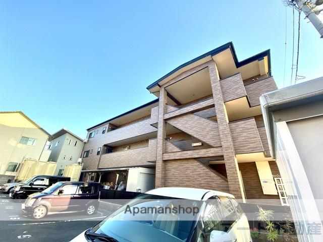 愛媛県松山市、余戸駅徒歩13分の築11年 3階建の賃貸アパート