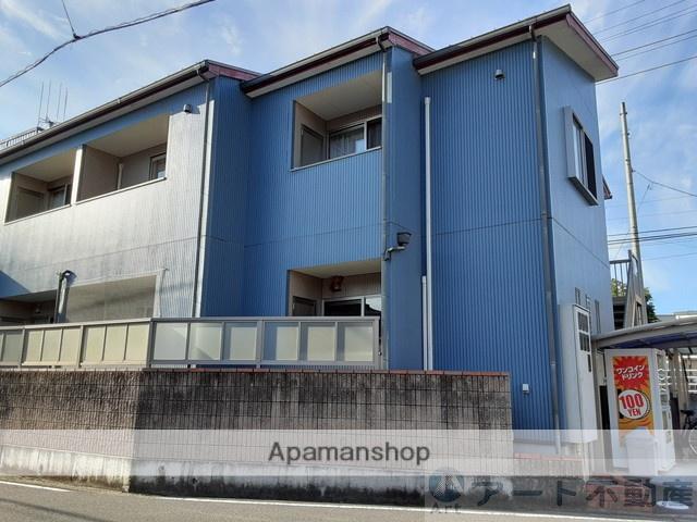 愛媛県東温市、牛渕団地前駅徒歩17分の築9年 2階建の賃貸アパート