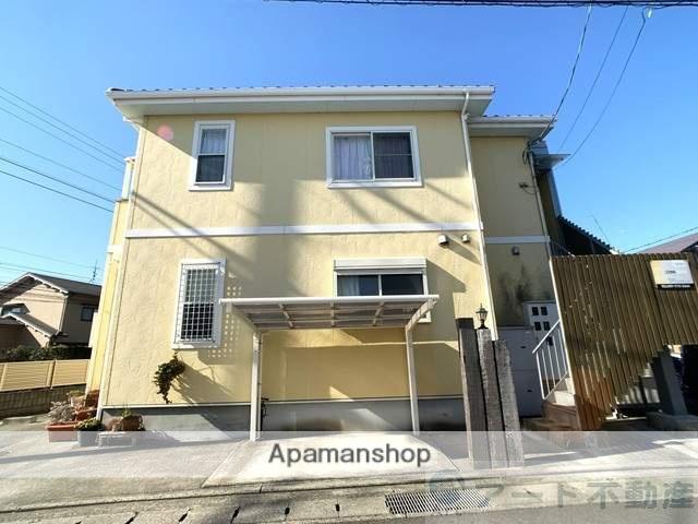 愛媛県東温市、牛渕団地前駅徒歩15分の築7年 2階建の賃貸アパート