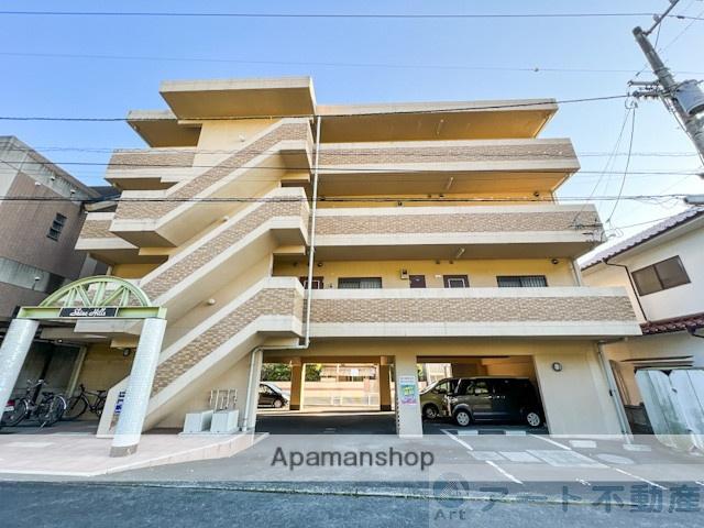 愛媛県松山市、久米駅徒歩20分の築16年 3階建の賃貸マンション