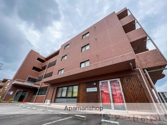 愛媛県東温市、牛渕駅徒歩9分の築11年 4階建の賃貸マンション