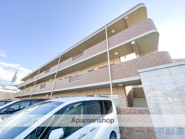愛媛県伊予市、伊予市駅徒歩10分の築9年 3階建の賃貸マンション