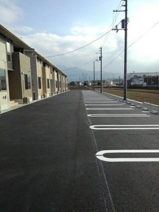 プラシード カーサ Ⅹ[1LDK/50.06m2]の駐車場