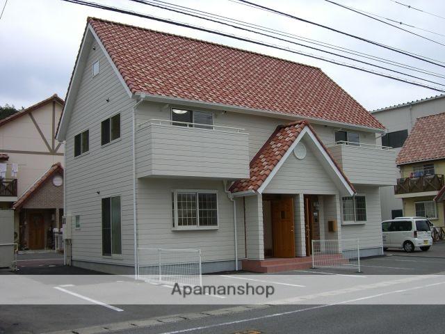 愛媛県今治市、大西駅徒歩29分の築8年 2階建の賃貸アパート
