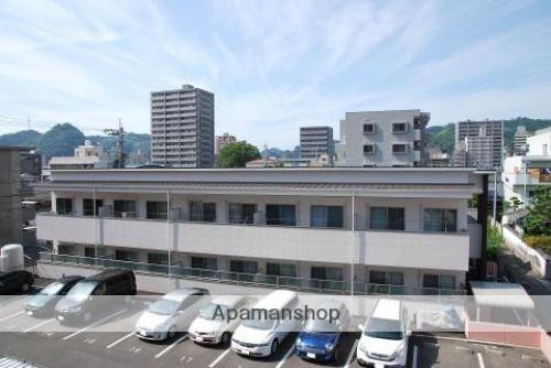 愛媛県松山市、道後公園駅徒歩4分の築4年 2階建の賃貸アパート