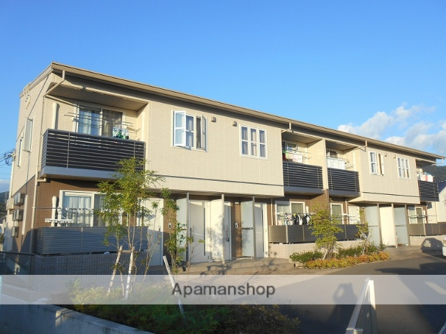愛媛県松山市、南町駅徒歩37分の築2年 2階建の賃貸アパート