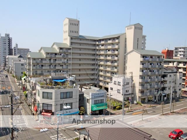 愛媛県松山市、高砂町駅徒歩1分の築31年 10階建の賃貸マンション