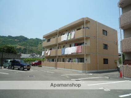 愛媛県伊予郡砥部町の築11年 3階建の賃貸マンション