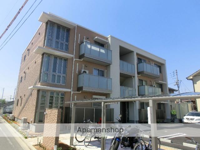 愛媛県松山市、土居田駅徒歩10分の築3年 3階建の賃貸アパート