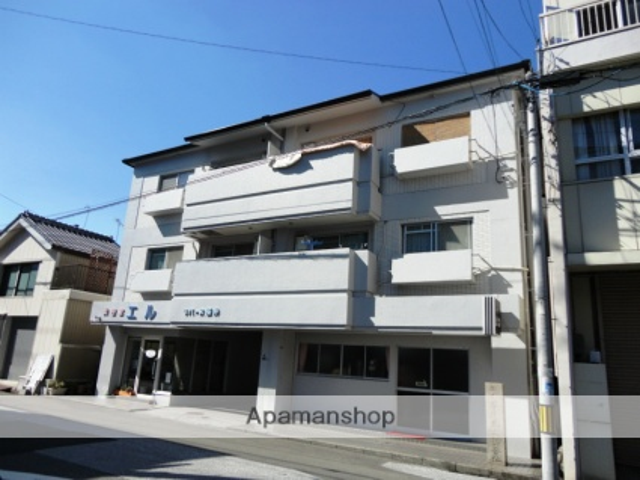 高知県高知市、菜園場町駅徒歩6分の築26年 4階建の賃貸マンション