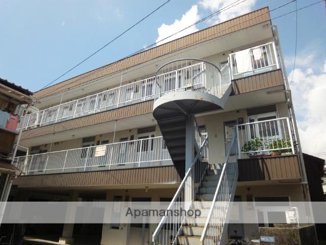 高知県高知市、知寄町一丁目駅徒歩10分の築32年 3階建の賃貸アパート