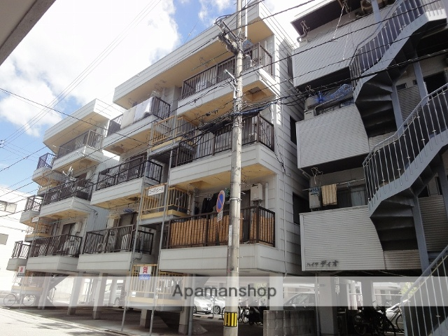 高知県高知市、知寄町三丁目駅徒歩6分の築30年 4階建の賃貸アパート