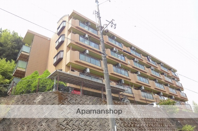 高知県高知市の築21年 5階建の賃貸アパート