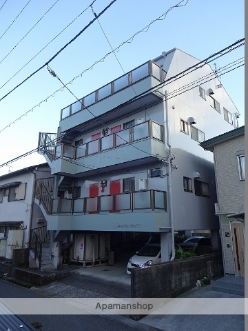 高知県高知市、鴨部駅徒歩15分の築28年 4階建の賃貸アパート