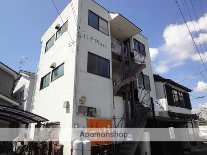 高知県高知市、薊野駅徒歩4分の築32年 3階建の賃貸アパート