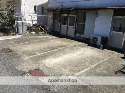 東の丸ハイツ[2K/24.75m2]の駐車場