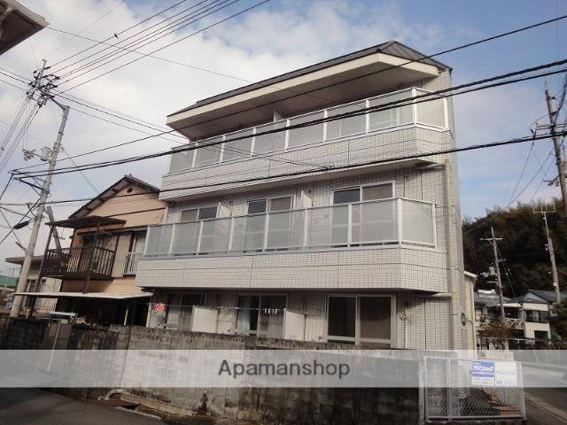 高知県高知市、北浦駅徒歩11分の築14年 3階建の賃貸アパート