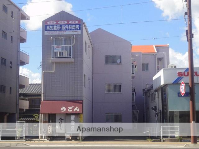 高知県高知市、上町四丁目駅徒歩5分の築26年 3階建の賃貸マンション
