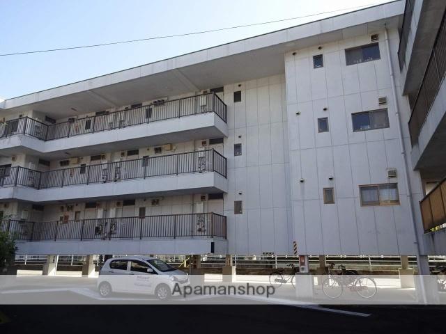 高知県高知市の築20年 4階建の賃貸アパート