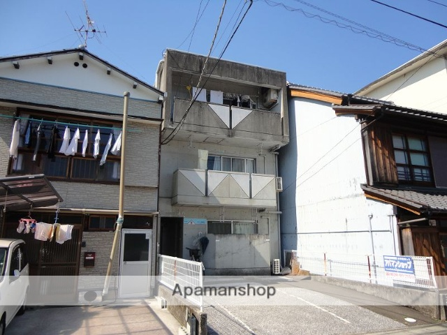 高知県高知市、上町二丁目駅徒歩5分の築28年 3階建の賃貸マンション