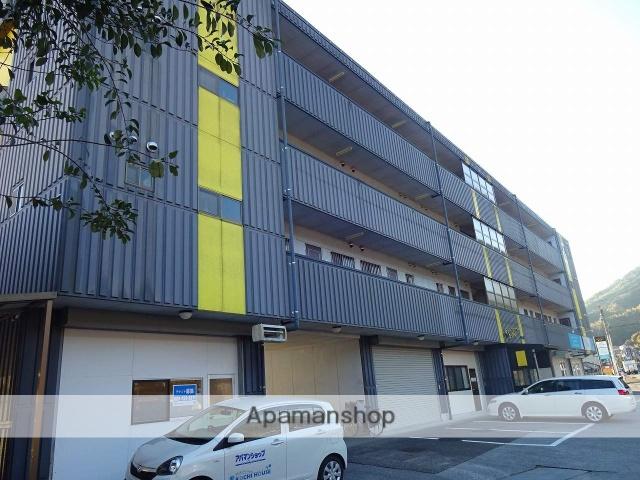 高知県南国市の築23年 4階建の賃貸アパート
