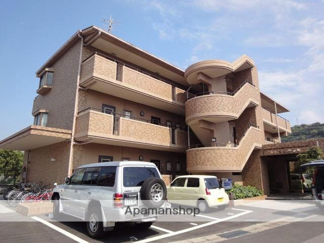 高知県高知市、県庁前駅徒歩13分の築23年 3階建の賃貸マンション