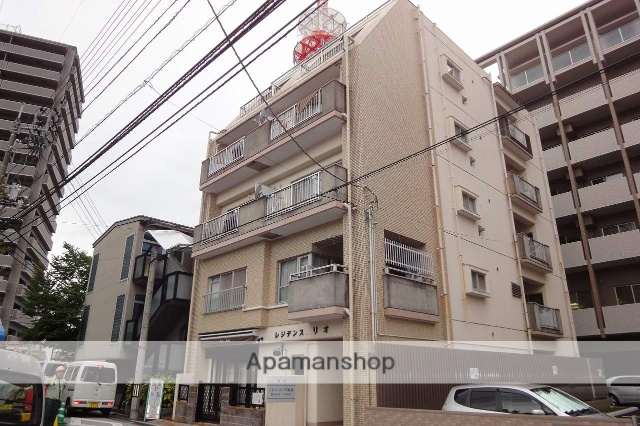 高知県高知市、高知城前駅徒歩3分の築32年 5階建の賃貸マンション