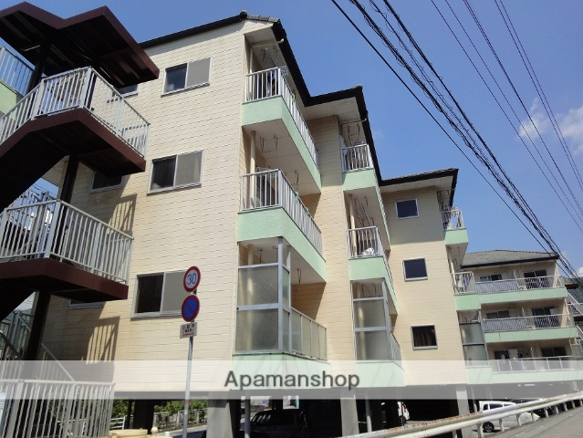 高知県高知市、土佐一宮駅徒歩12分の築27年 4階建の賃貸マンション