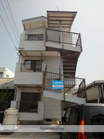 高知県高知市、知寄町二丁目駅徒歩12分の築28年 3階建の賃貸アパート