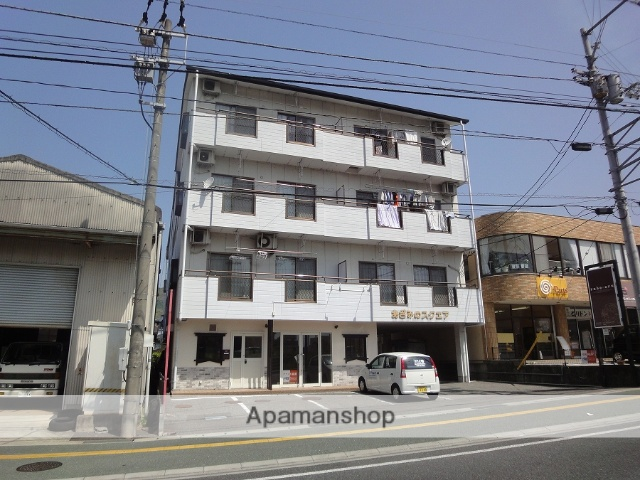 高知県高知市、土佐一宮駅徒歩20分の築17年 4階建の賃貸アパート