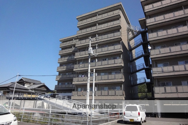 高知県高知市、朝倉駅徒歩9分の築11年 8階建の賃貸マンション