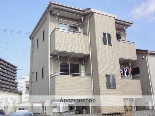 高知県高知市、桟橋通二丁目駅徒歩4分の築11年 3階建の賃貸アパート